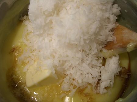 Coconut, butter, vanilla