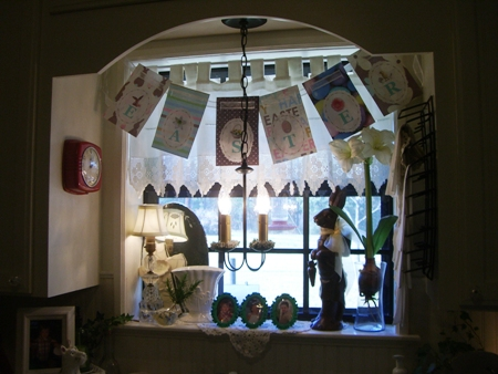Pretty Easter kitchen window...