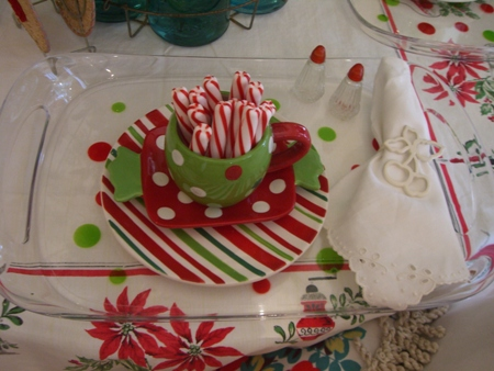 Dishes from wal-mart. & Cherry Hill Cottage...: The Christmas table~
