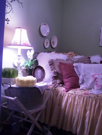 Tiny, tiny bedroom...