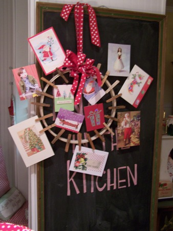 Pin-up Holiday Card Wreath...