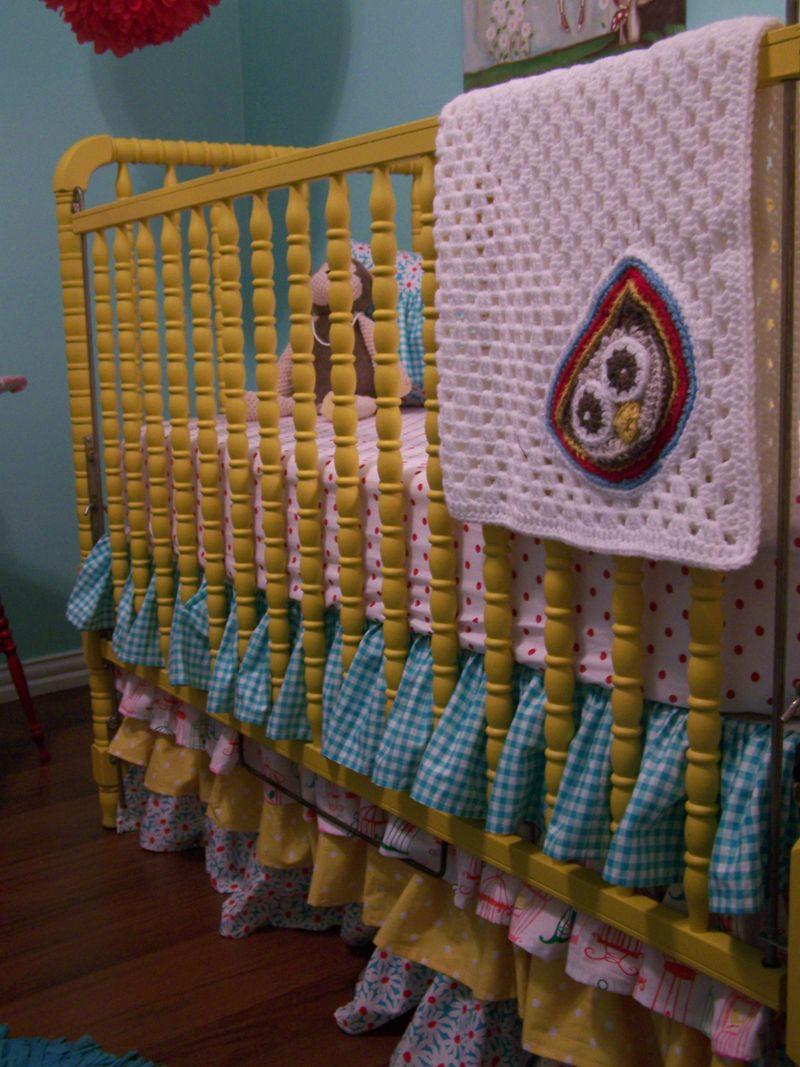 Mika's Jenny Lind crib...