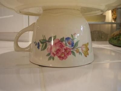 Cute_little_teacup_2