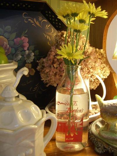 Flowers_in_a_milk_jar_2
