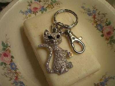 Kitty_key_ring