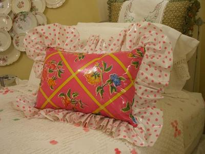 Oilcloth_pillow