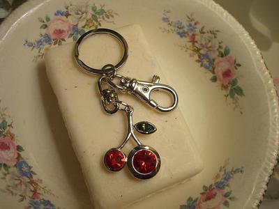 Sweet_cherry_key_ring