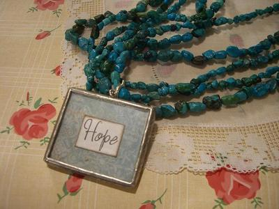 Darling_hope_necklace