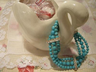 Turquoise_bracelet
